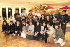 190301 ファン感謝交流会 ジョッキーズと記念集合写真-02