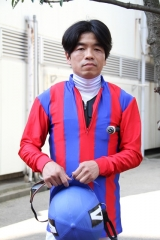 190315 岡村裕基厩務員 騎手免許試験に合格-02