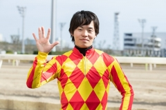190319 瀧川寿希也騎手 500勝-03