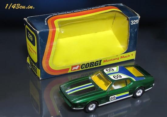 Corgi_71_Mustang_08.jpg