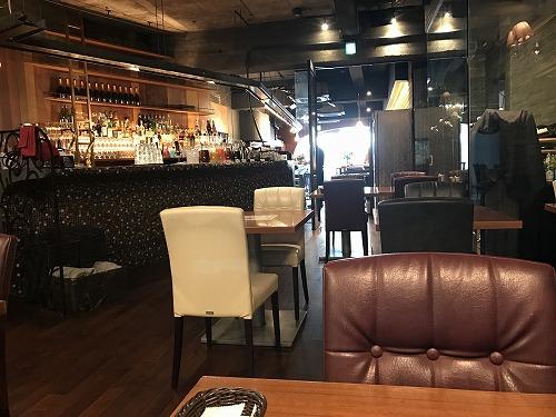 バール エ トラットリア クアトロ Bar e Trattria QUATTRO (4)