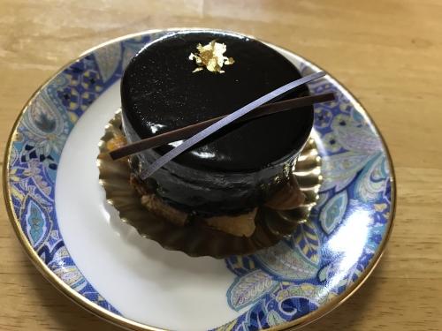 スーリール・ダンジュ平群 結婚記念日ケーキ 201901 (10)