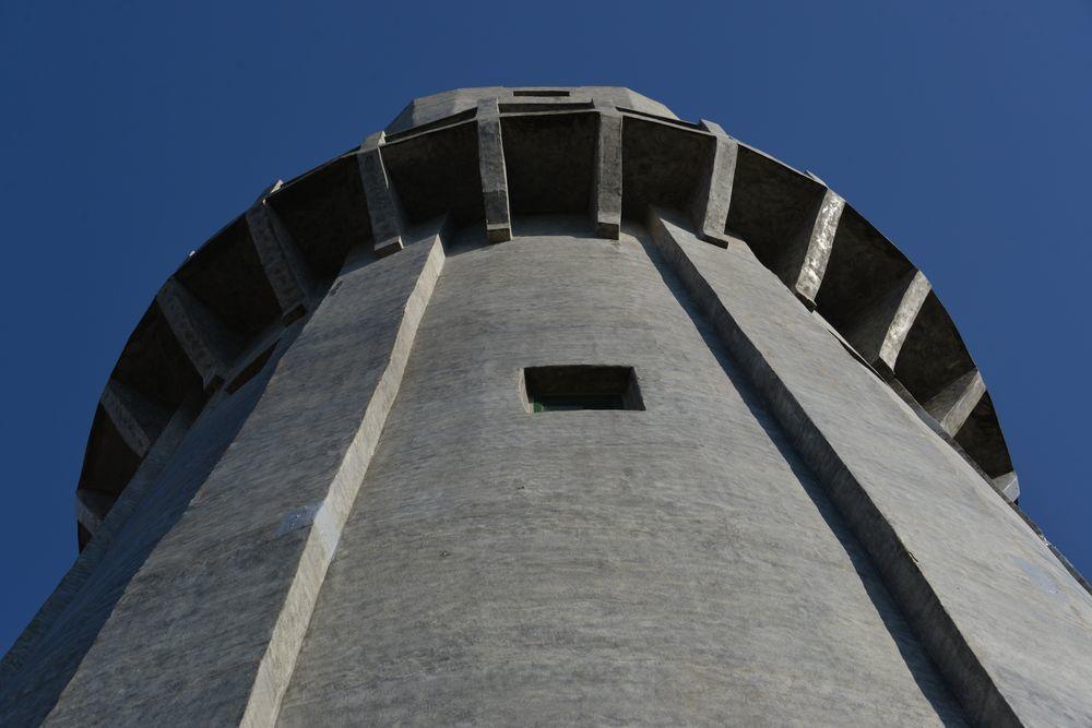 青空に水道塔-6