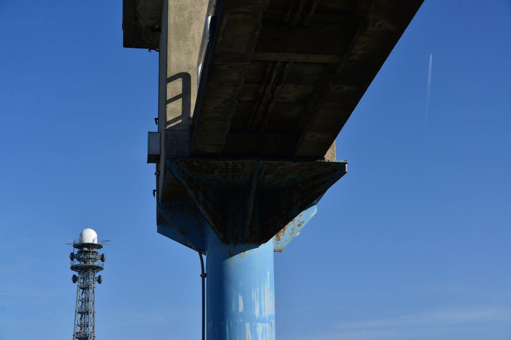 堰と塔-4