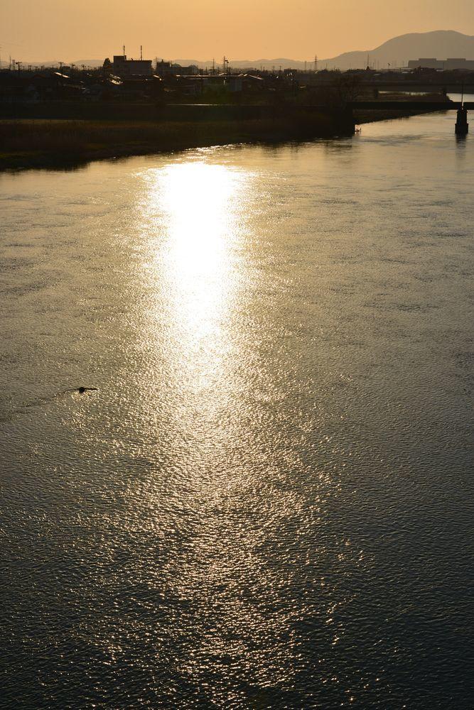 河が光る-3