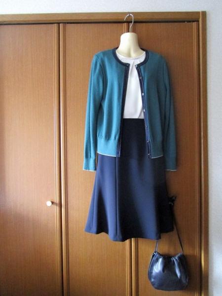 23区オンワード ダブルジョーゼットノーカラージャケットスカート 着回し (1)