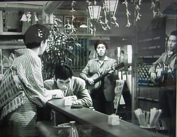 三橋美智也1956年おんな船頭唄