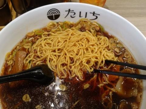 たいち・H30 1 正油ラーメン 麺