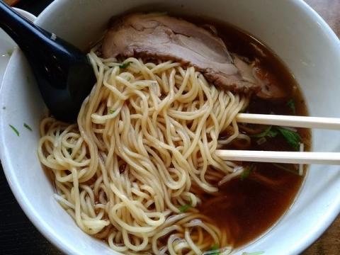 繁屋・H30 1 鶏そば醤油 麺