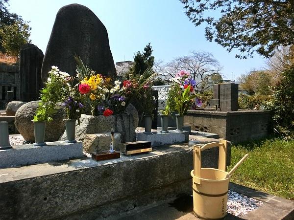 安岡正篤先生の墓