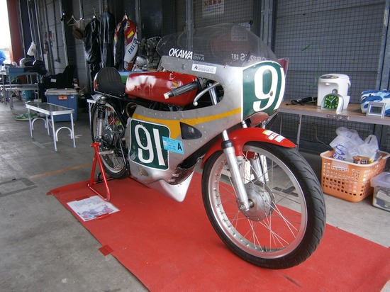 P4290052r 鈴鹿レーシングCB125S