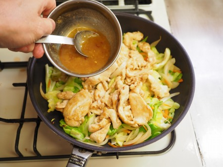 鶏むね肉とキャベツの生姜味041