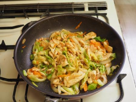 鶏むね肉とキャベツの生姜味046
