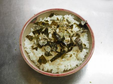 漬け刺身のキムチ納豆丼037