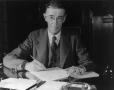 Vannevar_Bush_portrait.jpg