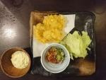 かしわ天3個、やみつきキャベツ、日替わり小鉢@情熱うどん讃州新大阪店