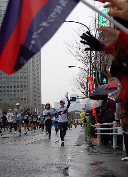 東京マラソン2019応援西新橋