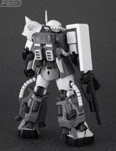RG MS-06R-1A エリック・マンスフィールド専用ザクII (2)