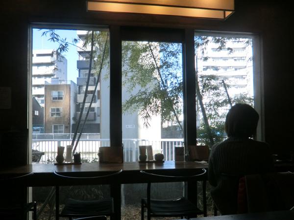 居心地のよい水辺カフェ「Café de 映水庵」(両国)!