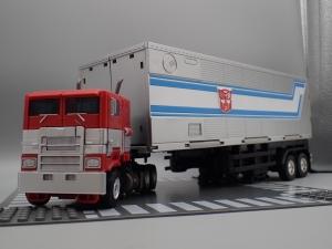 トランスフォーマー SS-30 オプティマスプライム を比較&遊ぼう (11)
