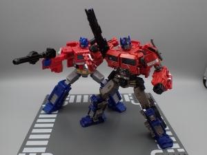 トランスフォーマー SS-30 オプティマスプライム を比較&遊ぼう (22)