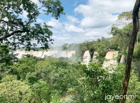 アルゼンチン_イグアスの滝_南米旅行_メイク