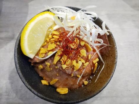 ハーフローストビーフ丼