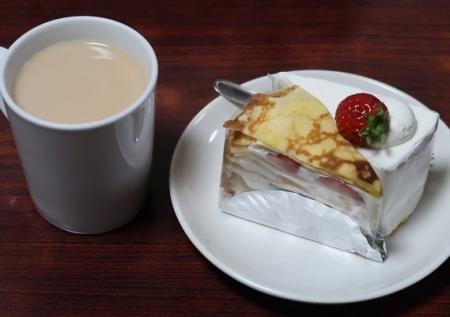 ミルクレープとショートケーキ