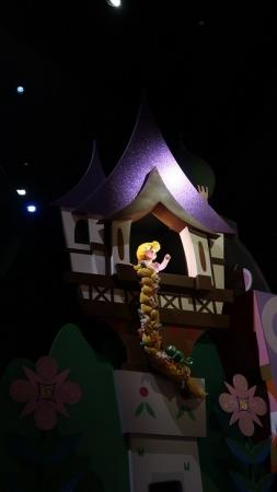 東京ディズニーランド イッツアスモールワールド