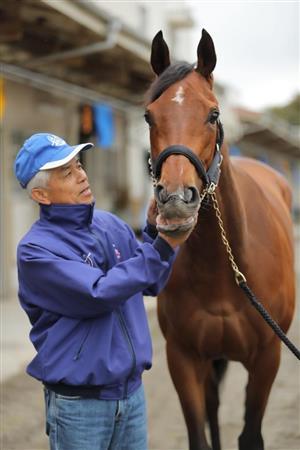 【ドバイターフ】ルメール騎手「アーモンドアイは史上最強馬。凱旋門賞を勝てる馬です。」