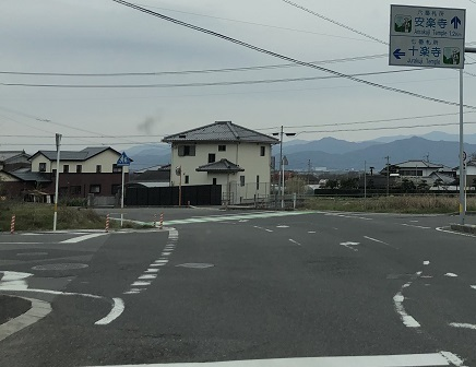 3252019 徳島へ 十楽寺近く S9