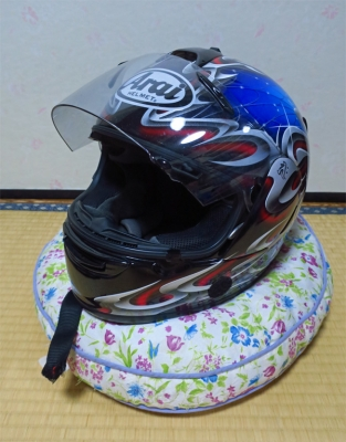 19_3_10娘のヘルメット1