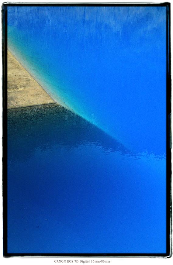 青い池1903Bluepond03.jpg