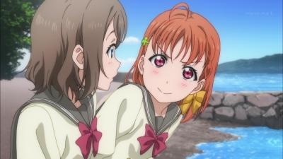【ラブライブ!】千歌「えっ!よーちゃんいきなりステーキでハンバーグ頼むの!?」曜「う、うん…」