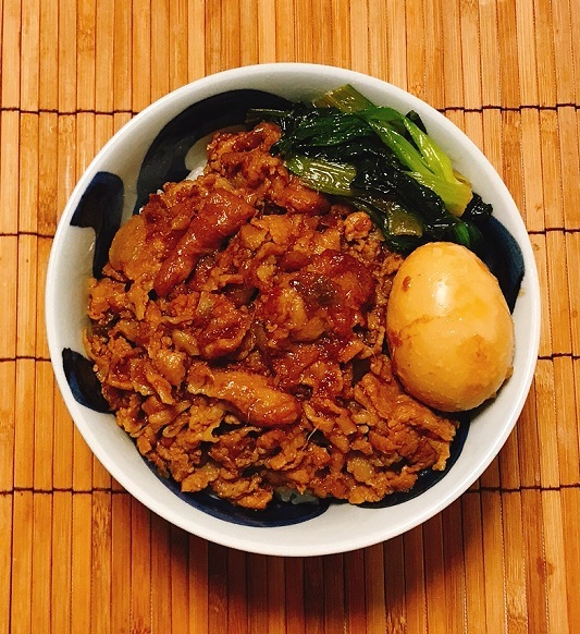 コーラ入り魯肉飯9