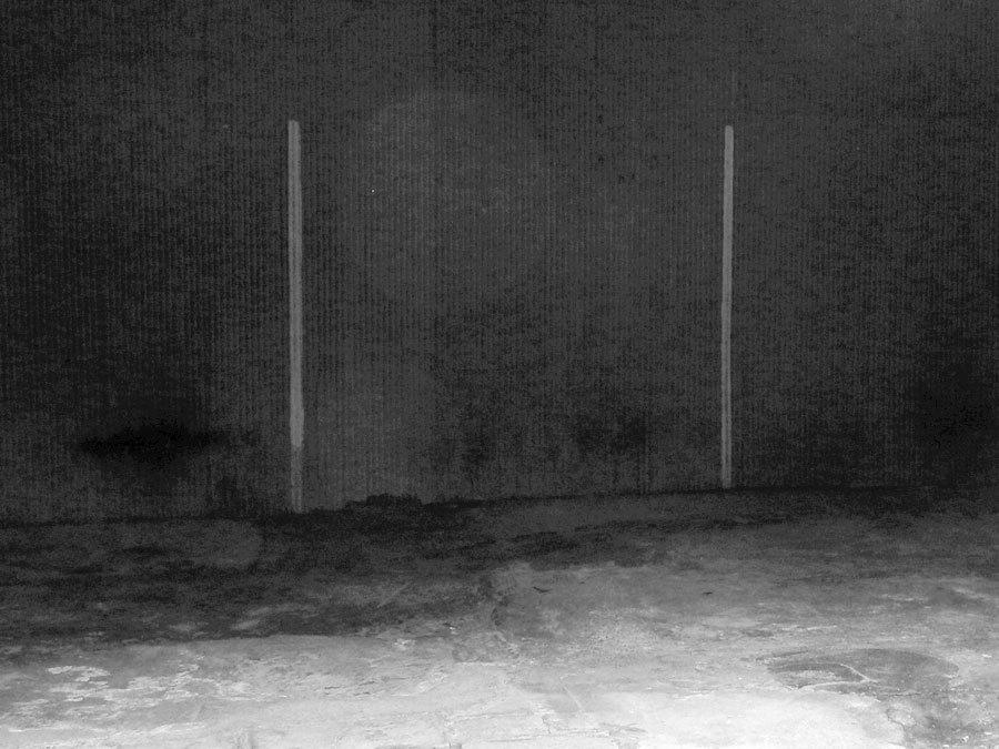 二本線の幽霊
