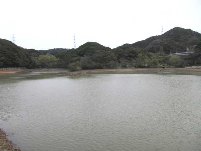 IMG0058JPG大久保貯水池の横を