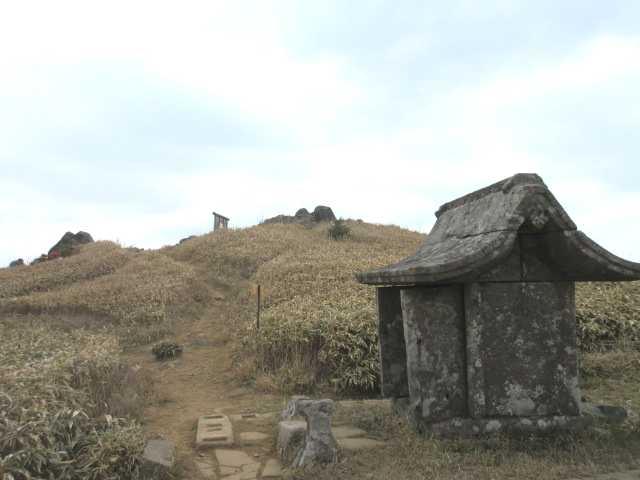 IMG0056JPG上宮と山頂