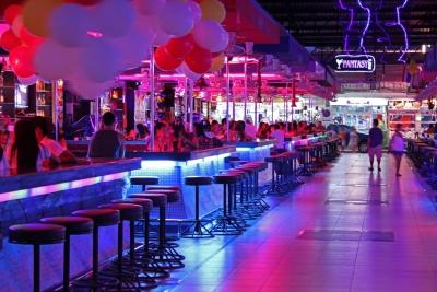 Thailand-Nightlife-CIMG0301[1]