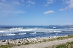 surfingstrandhill0319