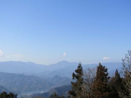 190302景信山~高尾山 (7)富士山ほかs