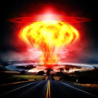 nuclear-explosion-356108__340.jpg