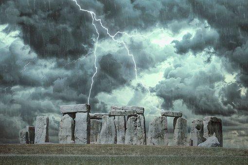 stonehenge-3585480__340.jpg