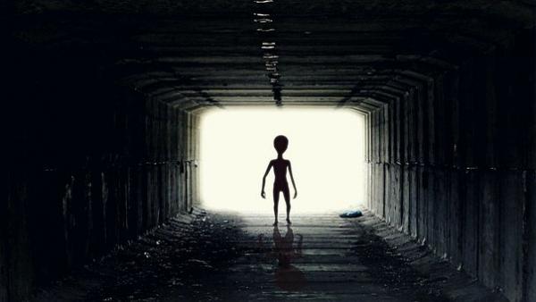 ufo-alien2413965__340.jpg