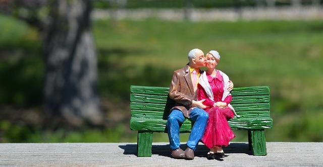 old-couple-2313286_640.jpg
