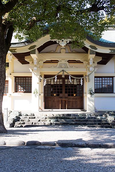 島田神社拝殿正面