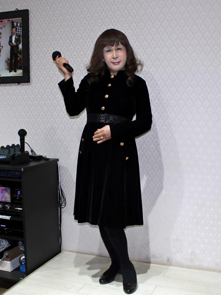 黒ベルベットワンピカラオケ(3)