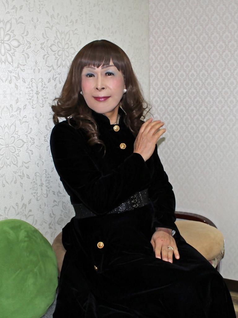 黒ベルベットワンピカラオケ(7)