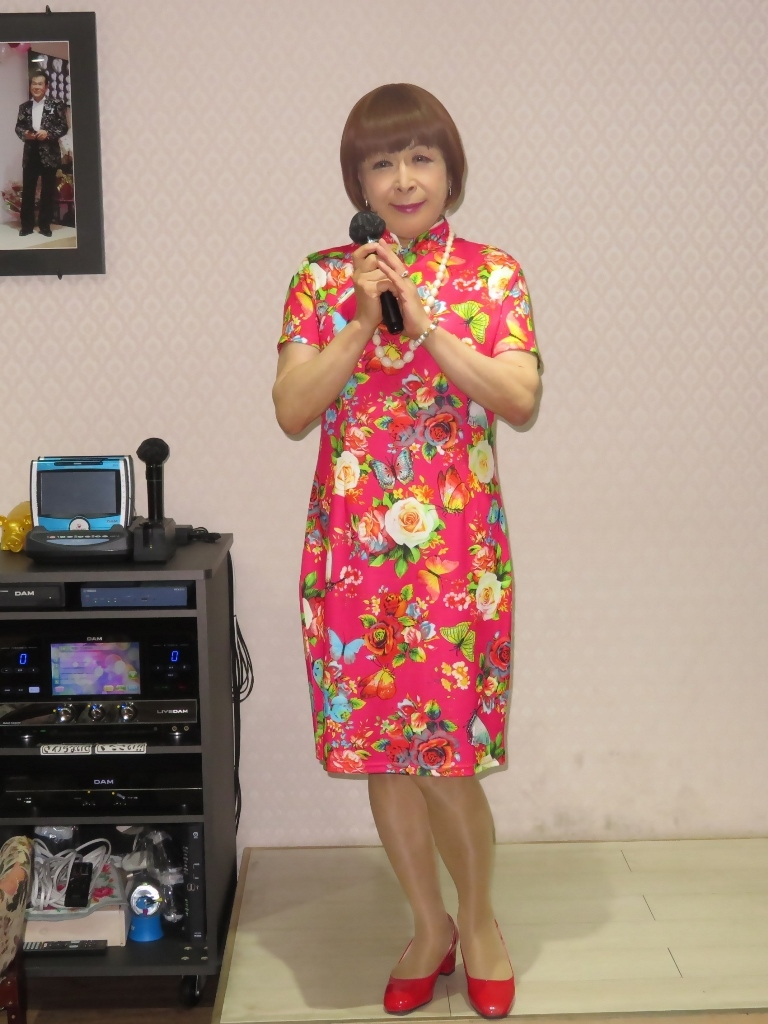 赤チャイナ服カラオケ(5)