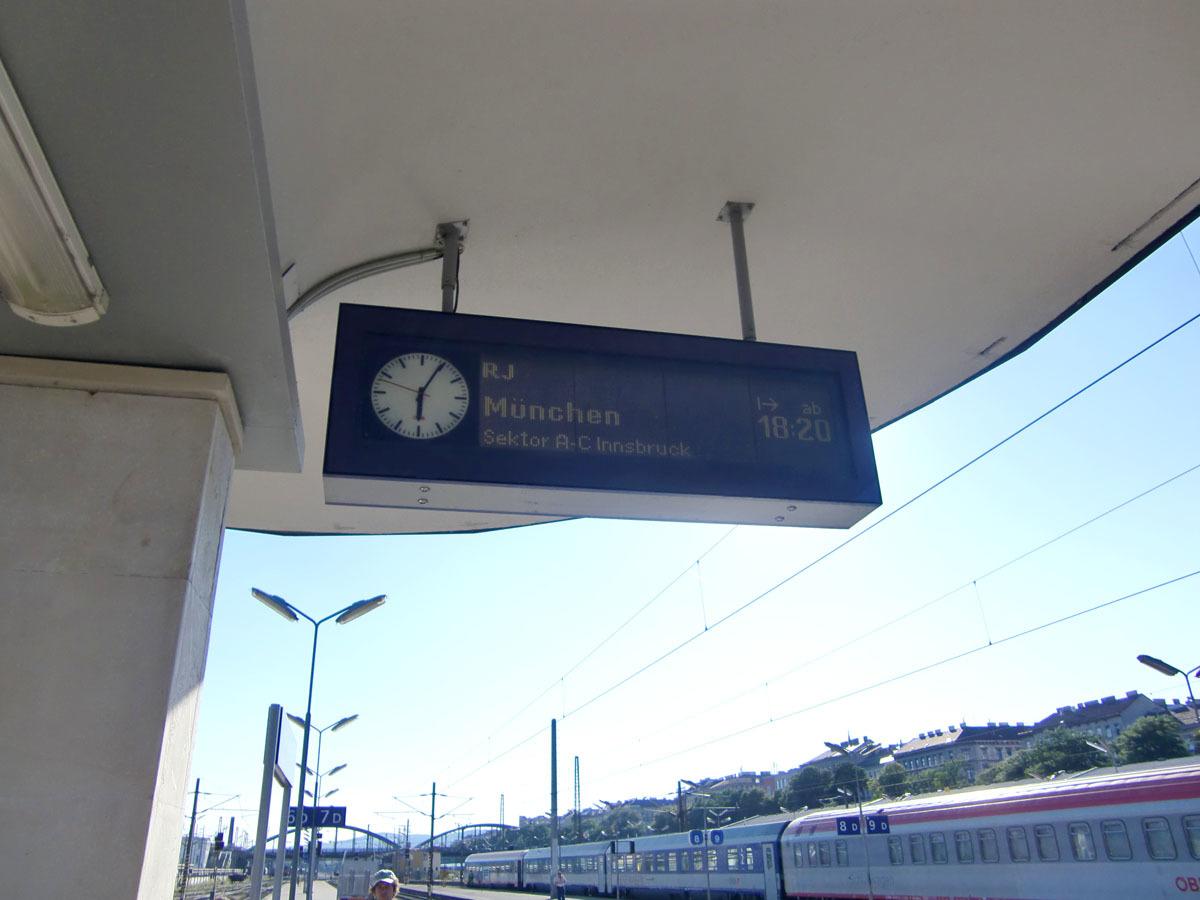 2010112708.jpg